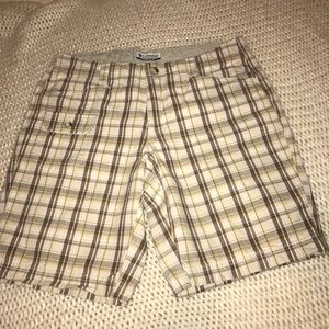 Columbia size 8 5 pocket Bermuda shorts EUC